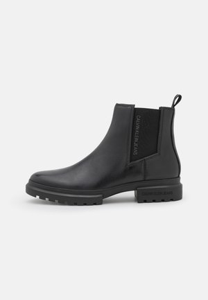 CLEATED MID CHELSEA BOOT - Botki - black