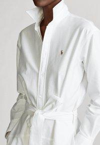 Polo Ralph Lauren - LONG SLEEVE CASUAL DRESS - Vestido camisero - white - 4