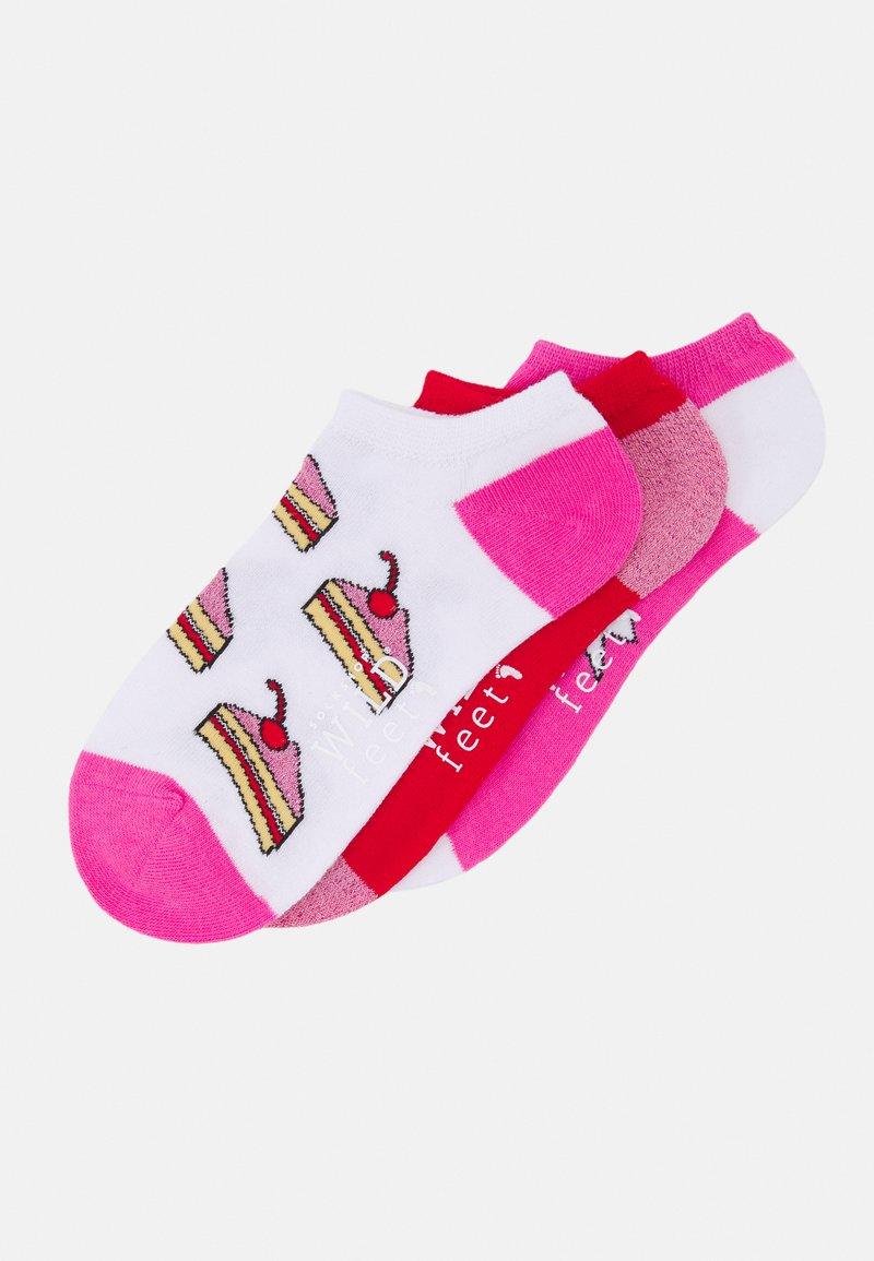 Wild Feet - CAKE TRAINER SOCKS 3 PACK - Sokken - multicoloured