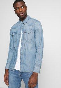 Levi's® - BARSTOW WESTERN SLIM - Skjorta - dark indigo - worn in - 3