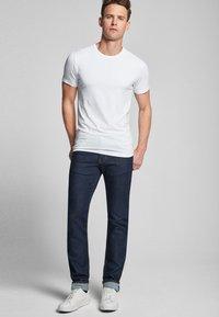 JOOP! - 2 PACK  - Basic T-shirt - white - 0