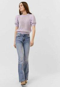 Vero Moda - VMOUI HEDWIG - Strickpullover - pastel lilac - 0