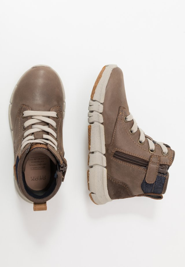 FLEXYPER BOY - Bottines à lacets - coffee