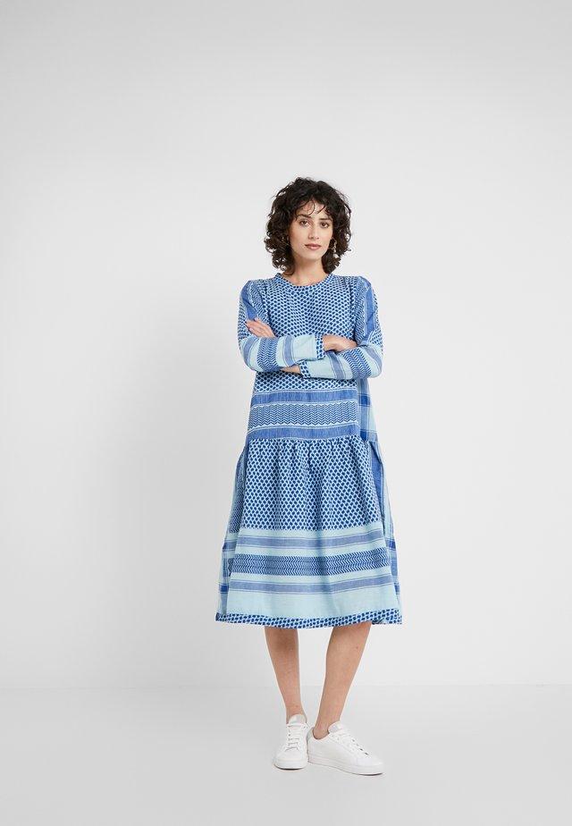 LYNETTE - Vapaa-ajan mekko - saphire