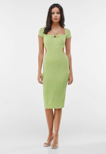 MIT RING UND CUT-OUTS - Cocktail dress / Party dress - green