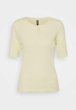 PCLUCA HALF PLACKET TEE - Basic T-shirt - almond oil
