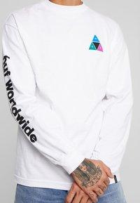 HUF - PRISM TEE - Långärmad tröja - white - 4