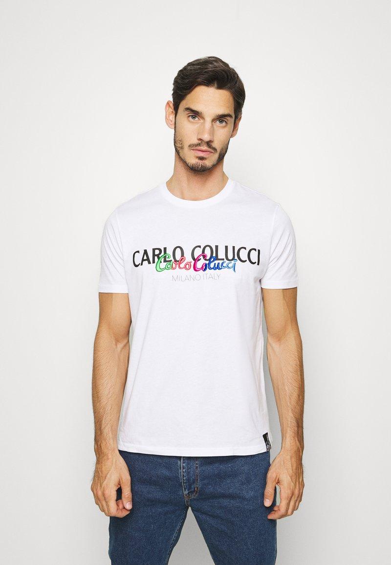 Carlo Colucci - Triko spotiskem - weiss