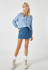 PULL&BEAR - Button-down blouse - blue - 1