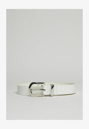 MIT KROKOPRÄGUNG - Belt - white