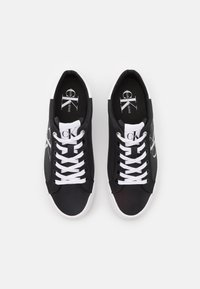 Calvin Klein Jeans - VULCANIZED FLATFORM LACEUP - Trainers - black - 5