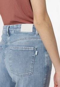 Cambio - Straight leg jeans - bleached - 2