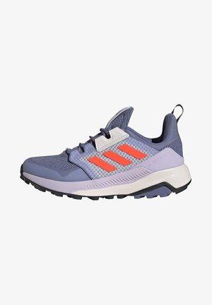 TERREX TRAILMAKER PRIMEGREEN W - Sports shoes - purple