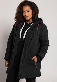 Ulla Popken - PLUS SIZE ECO BIONIC-FINISH® STRETCH - Light jacket - black - 0
