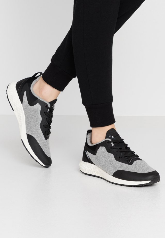 Baskets basses - grey/black