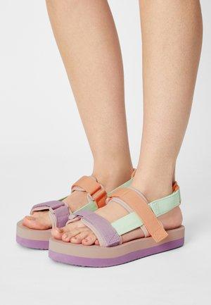 VMLIA - Platform sandals - pastel green