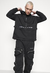 Mennace - SHADOW TRACKSUIT TROUSER - Tracksuit bottoms - black - 3