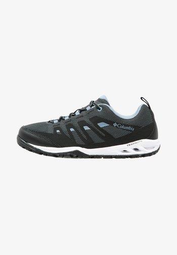 VAPOR VENT - Chaussures de marche - black/dark mirage