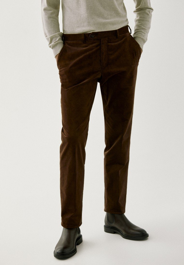 Massimo Dutti - FÜR DIE ABENDGARDEROBE - Trousers - brown