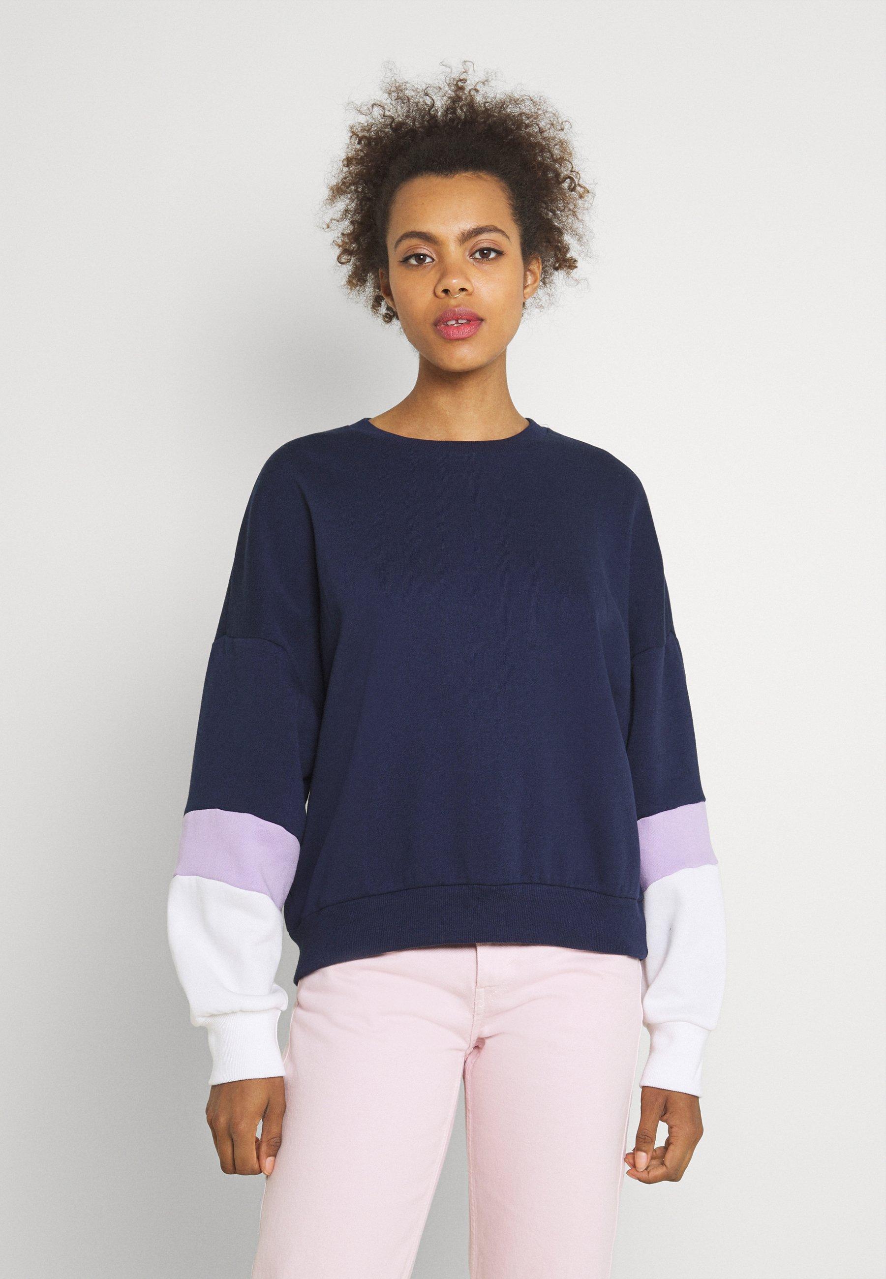 Women Colour Block Sweatshirt loose fit - Sweatshirt