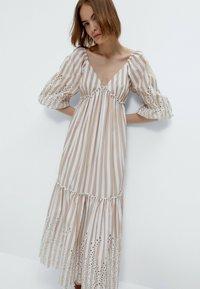 Uterqüe - Maxi dress - multi coloured - 0
