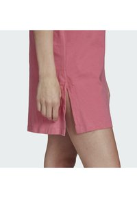 adidas Originals - TEE DRESS - Jersey dress - rose tone - 4