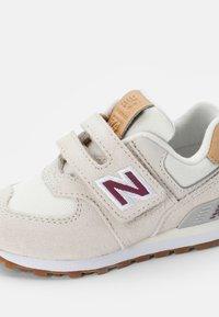 New Balance - 574 - Trainers - beige - 5