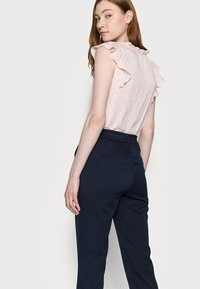 Vero Moda Tall - VMMAYA LOOSE SOLID PANT - Trousers - night sky - 3