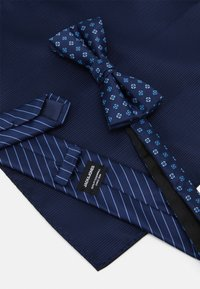 Jack & Jones - JACNECKTIE GIFT BOX SET - Fazzoletti da taschino - navy - 6