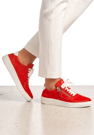 Trainers - rot