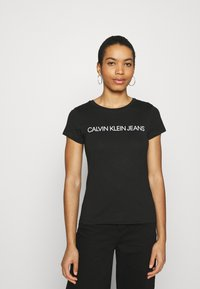 Calvin Klein Jeans - INSTITUTIONAL LOGO TEE 2 PACK - Print T-shirt - bright white/black - 2