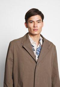 Hope - HIGH COAT - Klasický kabát - brown - 3
