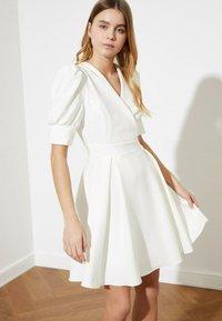 Trendyol - Day dress - cream - 1