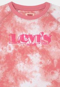 Levi's® - HIGH RISE FULL SLEEVE CREW - Sweatshirt - peony - 2