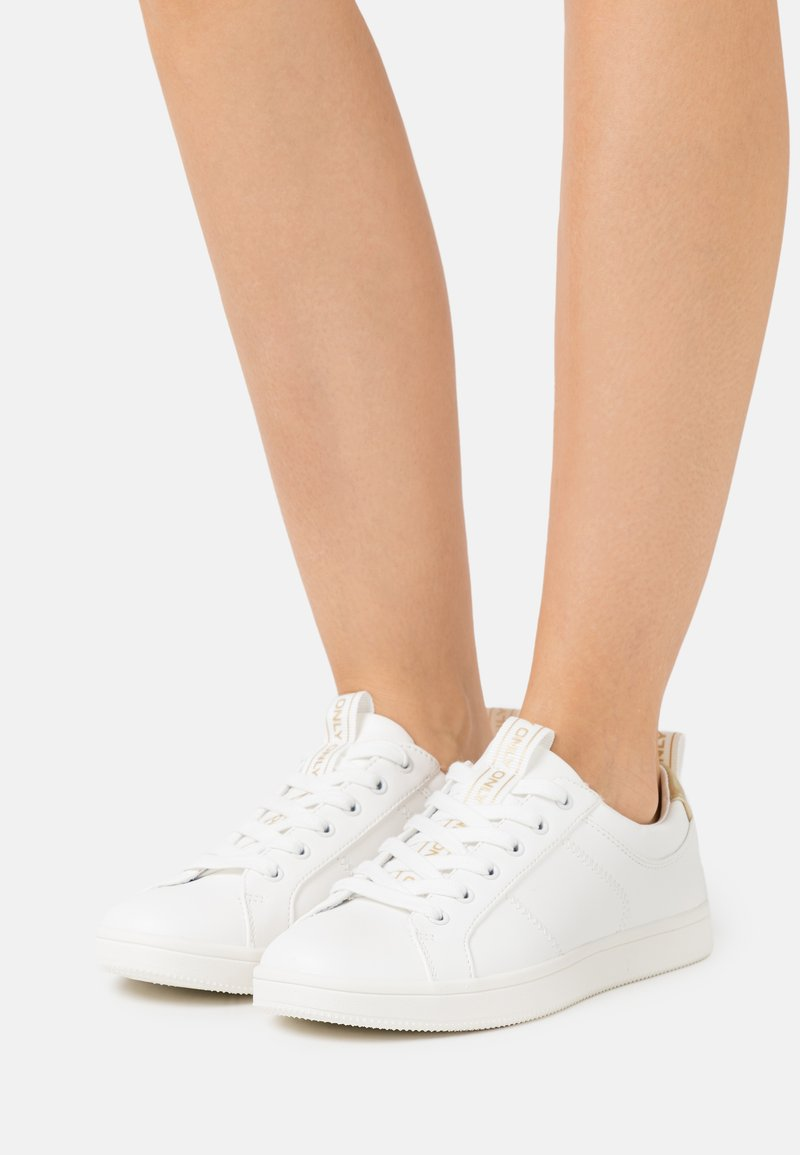 ONLY SHOES - ONLSHILO MONOCHROME  - Sneakers laag - white
