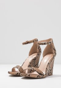 Madden Girl - WILLOOW - High heeled sandals - brown - 4
