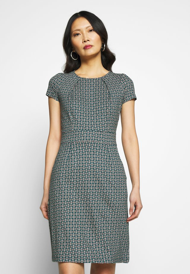 MONA DRESS BOURBON - Jerseykjoler - dragonfly green