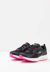 Skechers Performance - GO RUN CONSISTENT - Neutral running shoes - black/pink - 2