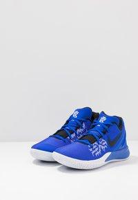Nike Performance - KYRIE FLYTRAP II - Basketball shoes - blue - 2