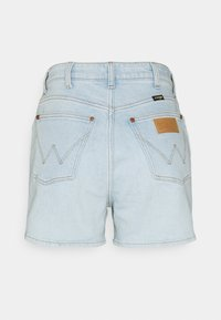 Wrangler - MOM - Denim shorts - cloud nine - 6