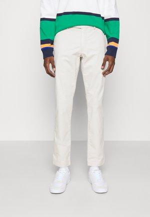 FLAT PANT - Trousers - dove grey