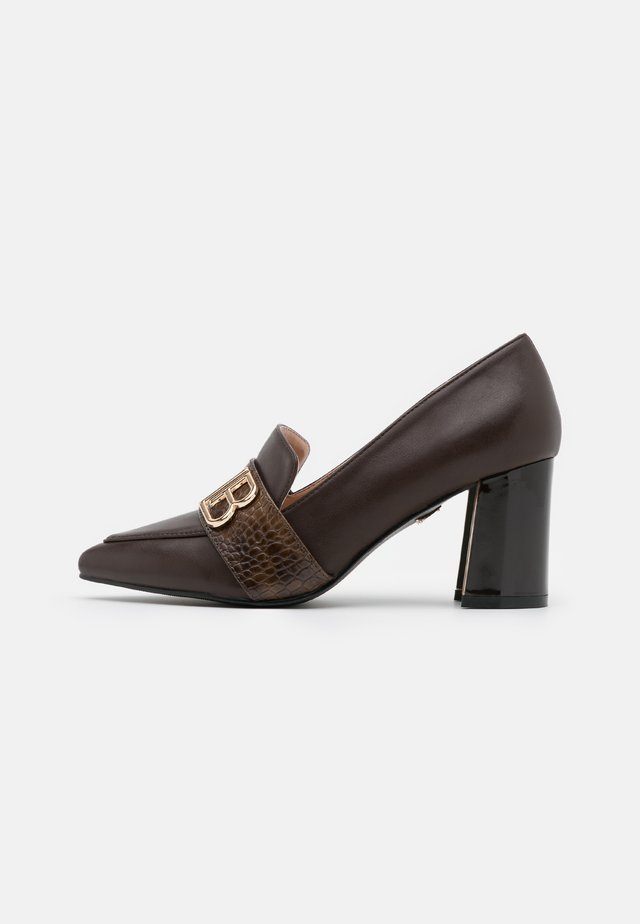 Klassiske pumps - dark brown