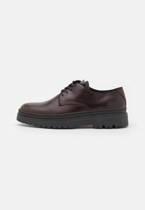 JAMES - Casual lace-ups - java