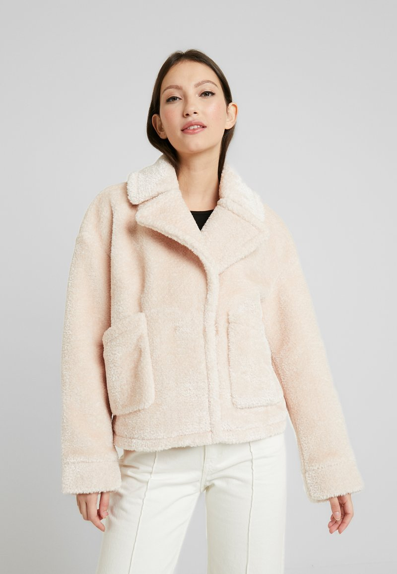 Urban Classics - LADIES OVERSIZE LAPEL JACKET - Light jacket - nude