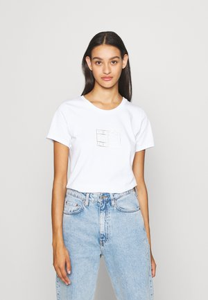 OUTLINE FLAG TEE - T-shirt z nadrukiem - white