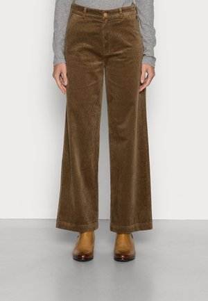 TOMMA CORDUROY PANTS - Trousers - roasted chestnut