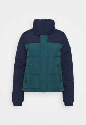 MISTY  - Snowboard jacket - balsam