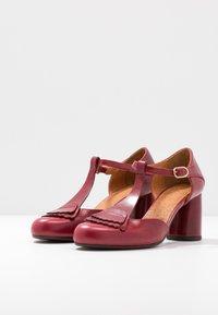 Chie Mihara - MOLE - Classic heels - granate - 4