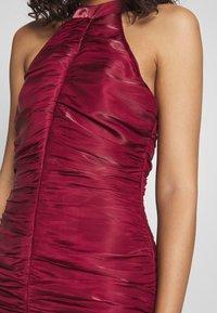 Missguided - RUCHED HALTER BODYCON MINI DRESS - Vestito elegante - red - 5