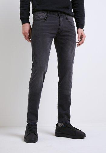 ANBASS HYPERFLEX RE-USED - Slim fit -farkut - medium grey